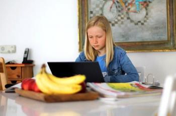 7 خطوات لمساعدة طفلك على المذاكرة بمفرده