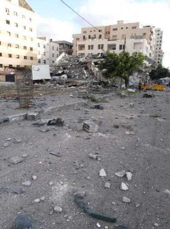 أبو غزالة معلقاً على قَصف مكاتبه في غزة: فخور