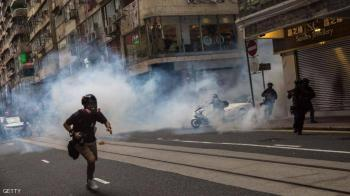 بريطانيا تمهد الطريق أمام تجنيس ملايين من مواطني هونغ كونغ