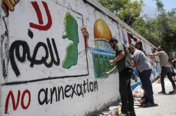 كاتبة فلسطينية ترد على مقترح اسميك ضم الضفة للأردن: مثالي وغير قابل للتطبيق