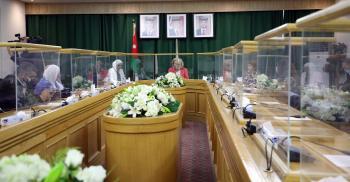 العين النجار تدعو لدعم المرأة الأردنية