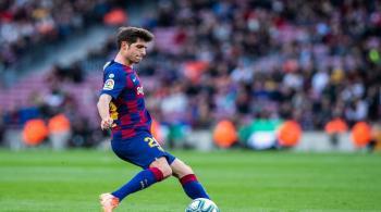 روبيرتو ينتقد تعامل إدارة برشلونة مع سواريز