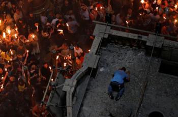 فتح قبر السيد المسيح بكنيسة القيامة