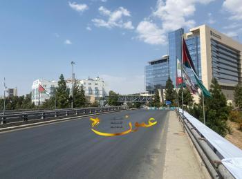صور من حظر التجول الشامل في عمان