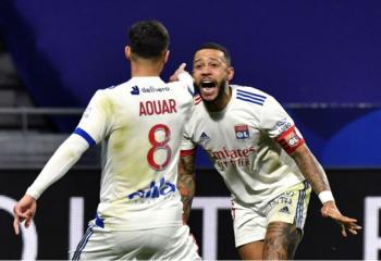 ليون يتصدر الدوري الفرنسي مؤقتاً