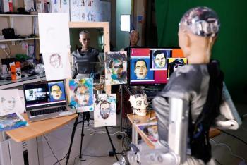 بيع قطعة فنية من صنع روبوت في مزاد بنحو 700 ألف دولار