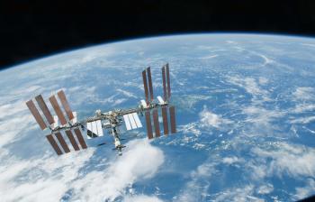 البحث عن مكان تسرب آخر للهواء في المحطة الفضائية الدولية