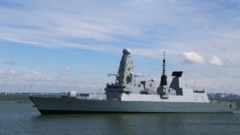 جونسون: مسار البارجة البريطانية في البحر الأسود صحيح