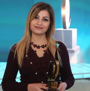 الزميلة ايوب تفوز بجائزة مجالات لصحافة الموبايل الدولية