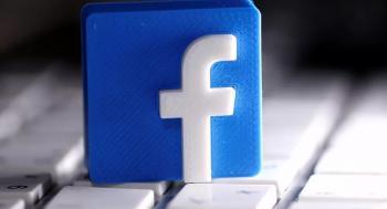 رسالة من فيسبوك إلى أبل: امنحوا مستخدمينا حق الاختيار