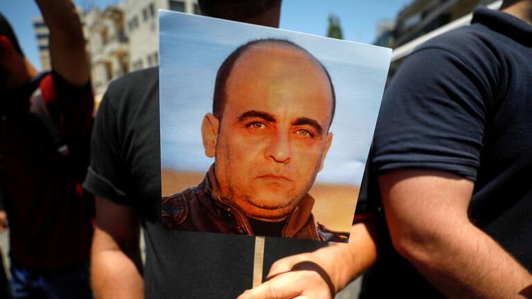 السلطة الفلسطينية تعتذر عن قتل الناشط نزار بنات