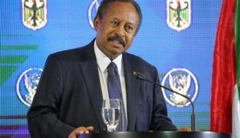 حمدوك يجري تعديلاً وسط حكام ولايات السودان للوفاء باتفاق جوبا