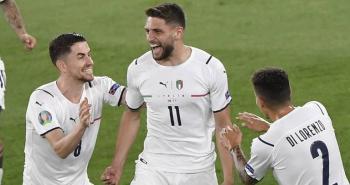 ليفربول يراقب جناح منتخب إيطاليا