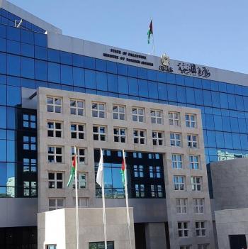 الخارجية الفلسطينية تستنكر تواصل اعتداءات المستوطنين