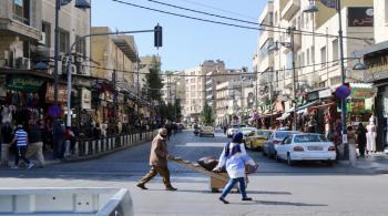 قطاع الألبسة: لا فائدة من قرار تقليص ساعات الحظر في العيد