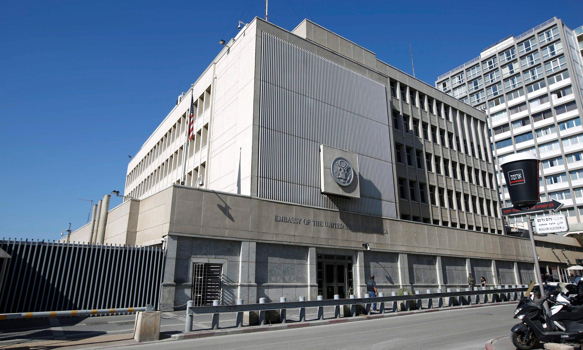 الحذر يخيم على نقل السفارة الأمريكية في إسرائيل إلى القدس