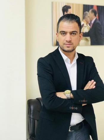 الدكتور أحمد الازايدة  ..  مبارك التخرج