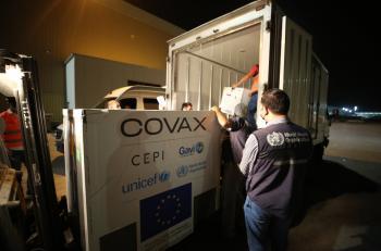 وصول 146 ألف جرعة من لقاح كورونا للأردن عبر كوفاكس