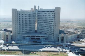 اجراء عملية جراحية نوعية في مستشفى الملك المؤسس