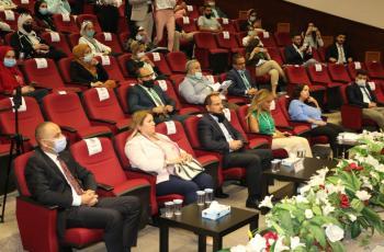 الشرق الأوسط تختتم بطولة المناظرات الوطنية للجامعات