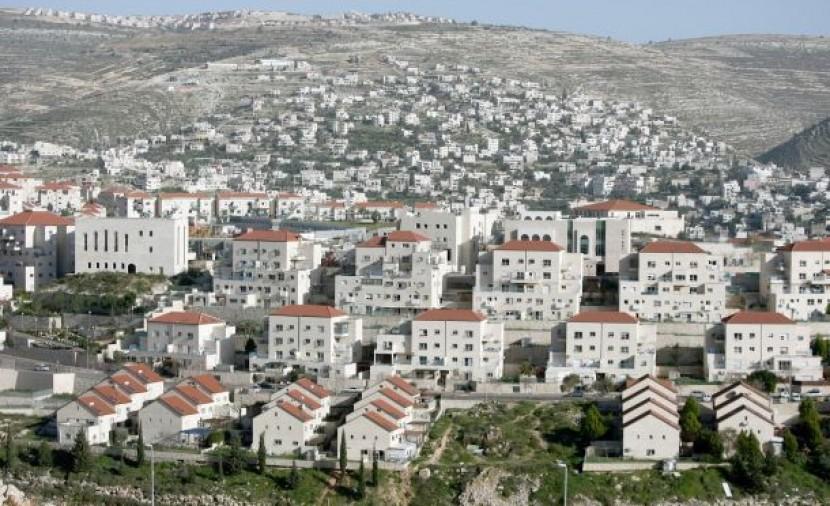الاحتلال يوافق على بناء 930 وحدة استيطانية بالقدس