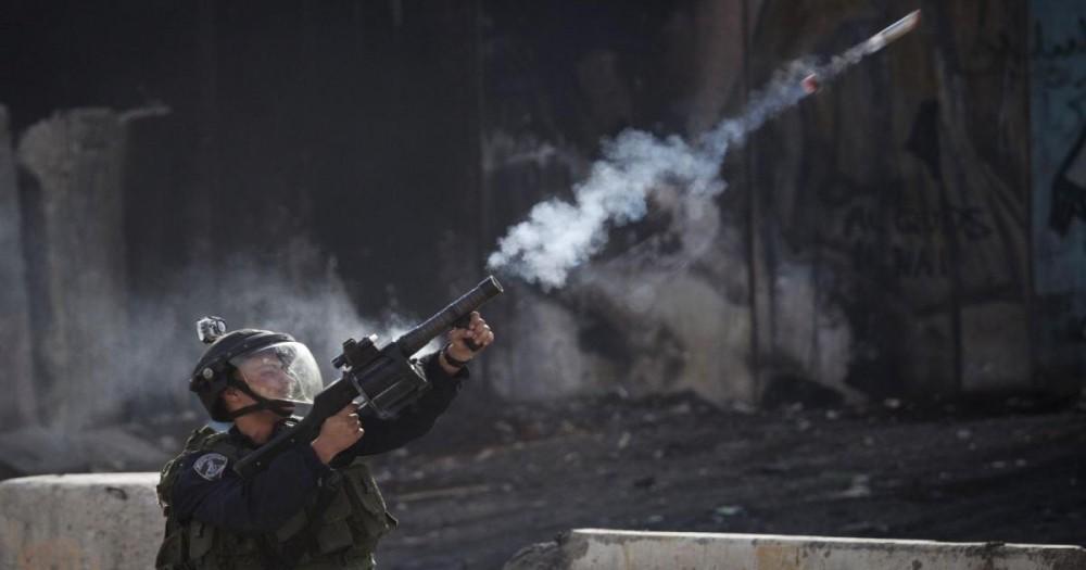 استشهاد عامل فلسطيني بغاز الاحتلال في طولكرم