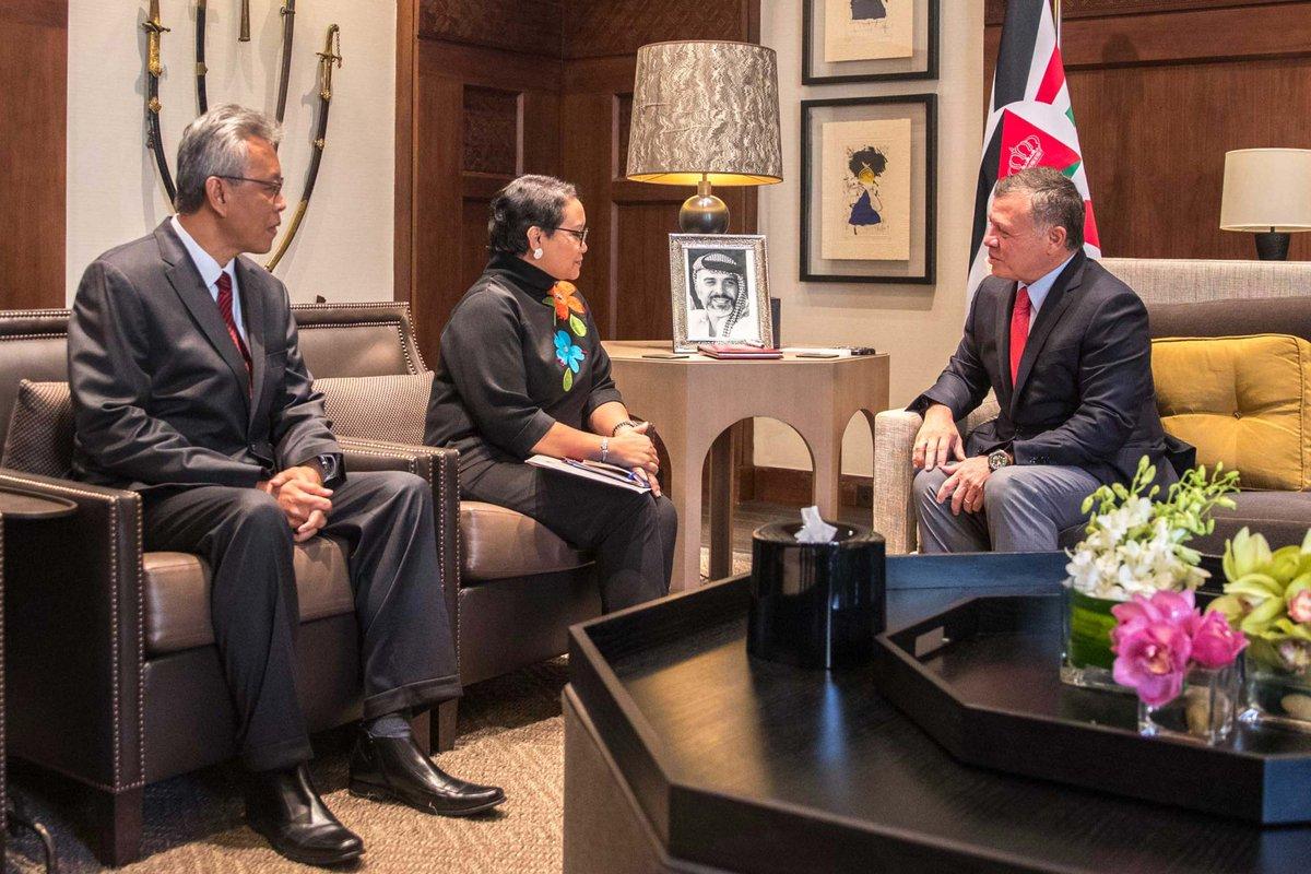 الملك يستقبل وزيرة خارجية اندونيسيا