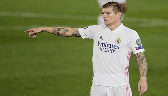 بسبب حلم كريستيانو رونالدو ..  كروس يحسم مستقبله مع ريال مدريد