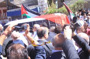 تشييع جثمان حتر (صور وفيديو)