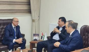 السفير التونسي يزور المركز الوطني للبحوث الزراعية