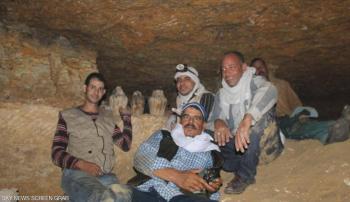 أثريو مصر يكشفون أسرار التنقيب عن الكنوز