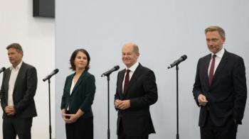 اتفاق ثلاثي مبدئي في ألمانيا على تأليف حكومة