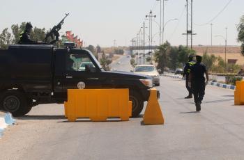 حظر شامل في ايل الجمعة وعزل القضاء يدخل حيز التنفيذ
