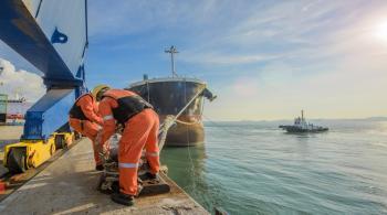 وزير النقل: لن نلجأ لأمر دفاع لكلف الشحن البحري