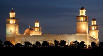 مديح نبوي عبر مكبرات المساجد الخميس