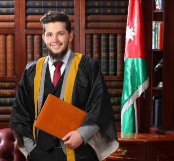 معتز الزق ..  مبارك التخرج