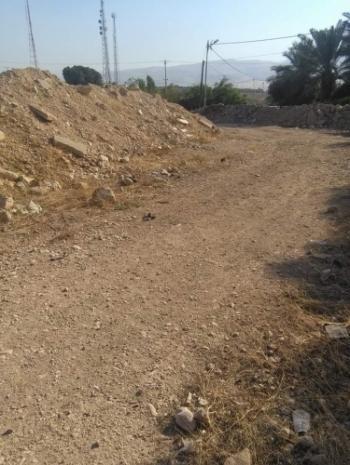 مواطنون يطالبون بتعبيد الطرق الترابية في الأغوار الشمالية