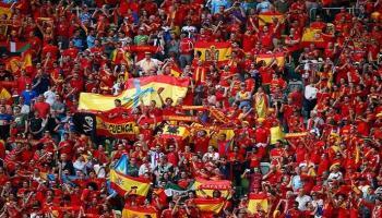الدوري الاسباني يخطط لعودة الجماهير