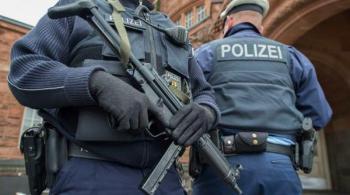 ألمانيا: اعتقال لاجئ سوري قتل شخصا وجرح اثنين بساطور