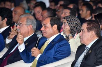 الرئيس المصري: أنا أو الفوضى