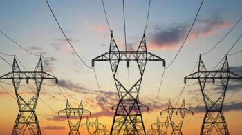 العراق يعلن اكتمال الربط الكهربائي مع الأردن