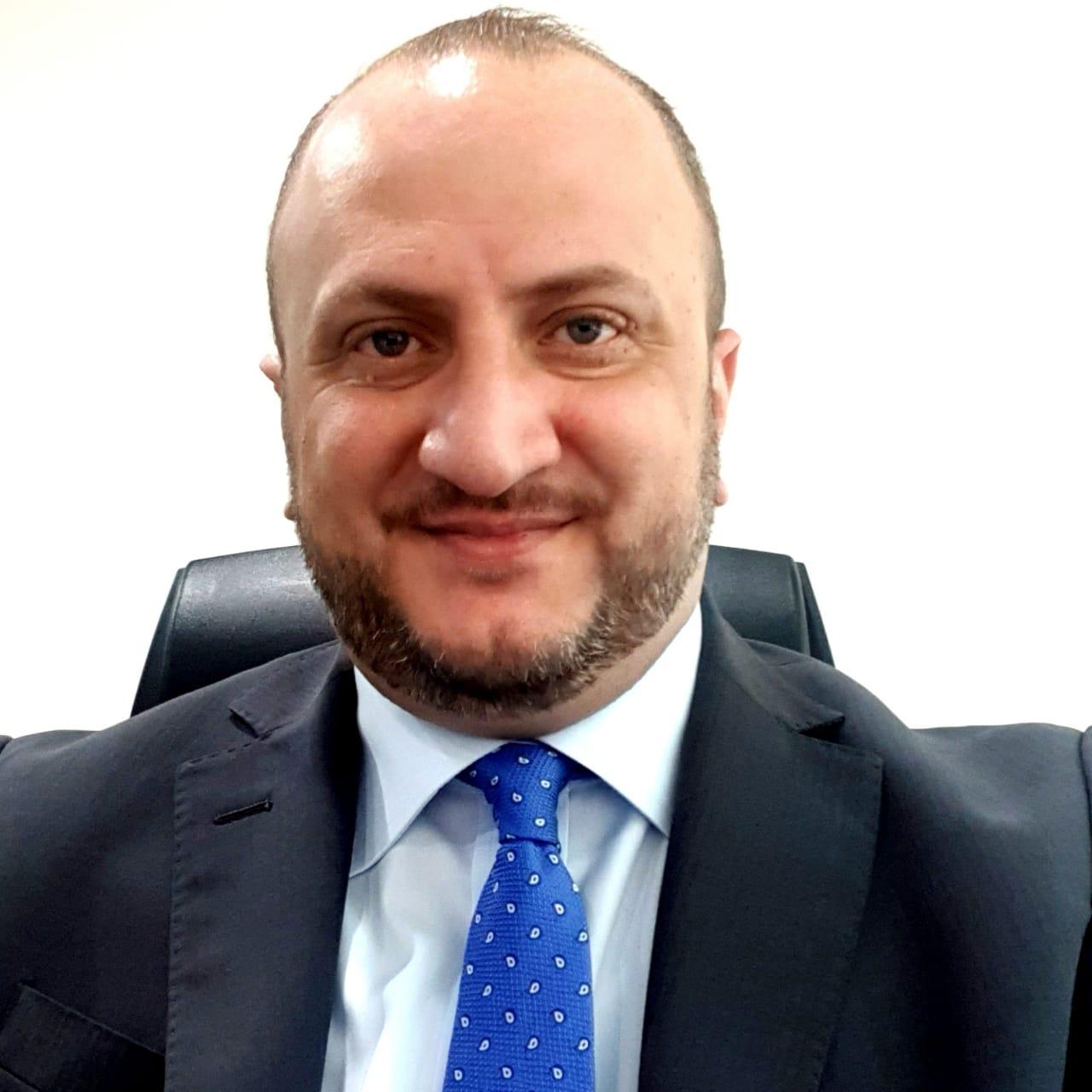 المحامي الدكتور يزن دخل الله حدادين