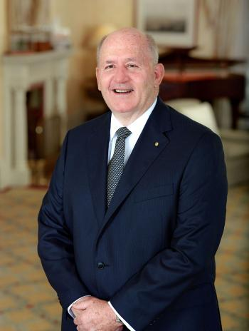 الحاكم العام لأستراليا يصل عمان في زيارة رسمية