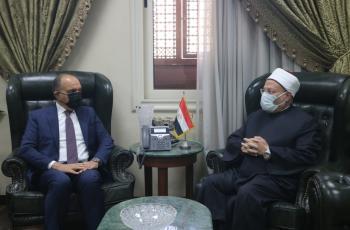 مفتي الديار المصرية يهنئ الملك والأردن بمئوية الدولة