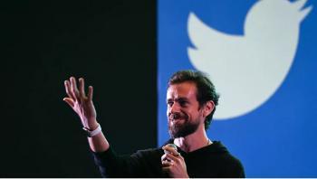 تويتر تعرض أول تغريدة على الإطلاق للبيع