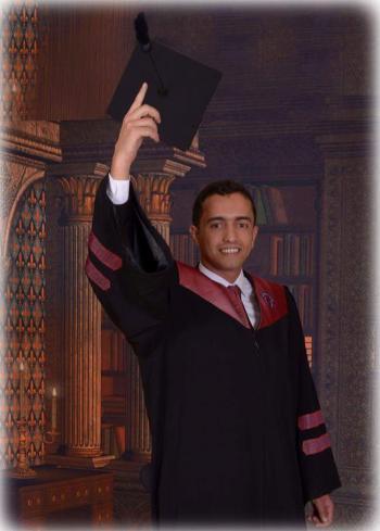 محمد عزيز الغرايبه مبارك التخرج