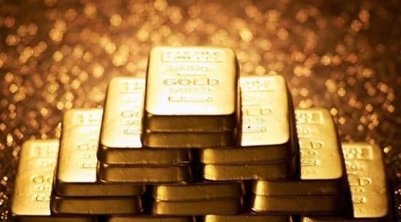 الذهب يرتفع بدعم تراجع الدولار
