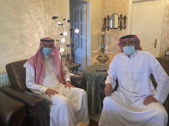 السفير السعودي يزور الاعلامي غالب كامل