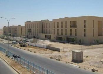 طالبات يشكون من إسكان جامعة الحسين