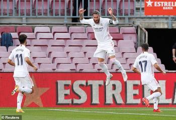 ريال مدريد يقهر برشلونة بثلاثية في عقر داره (صور)